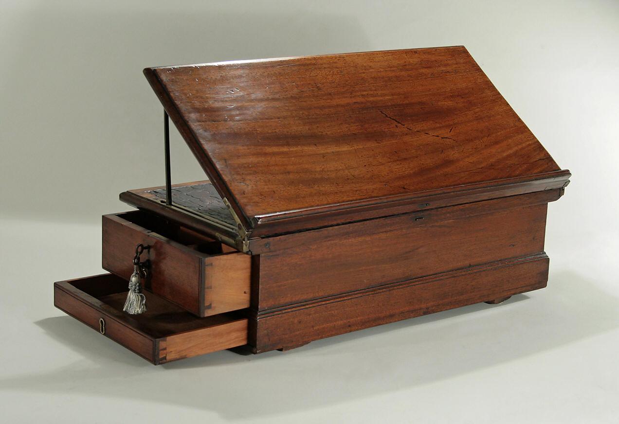Early George Iii Mahogany Traveling Writing Box England