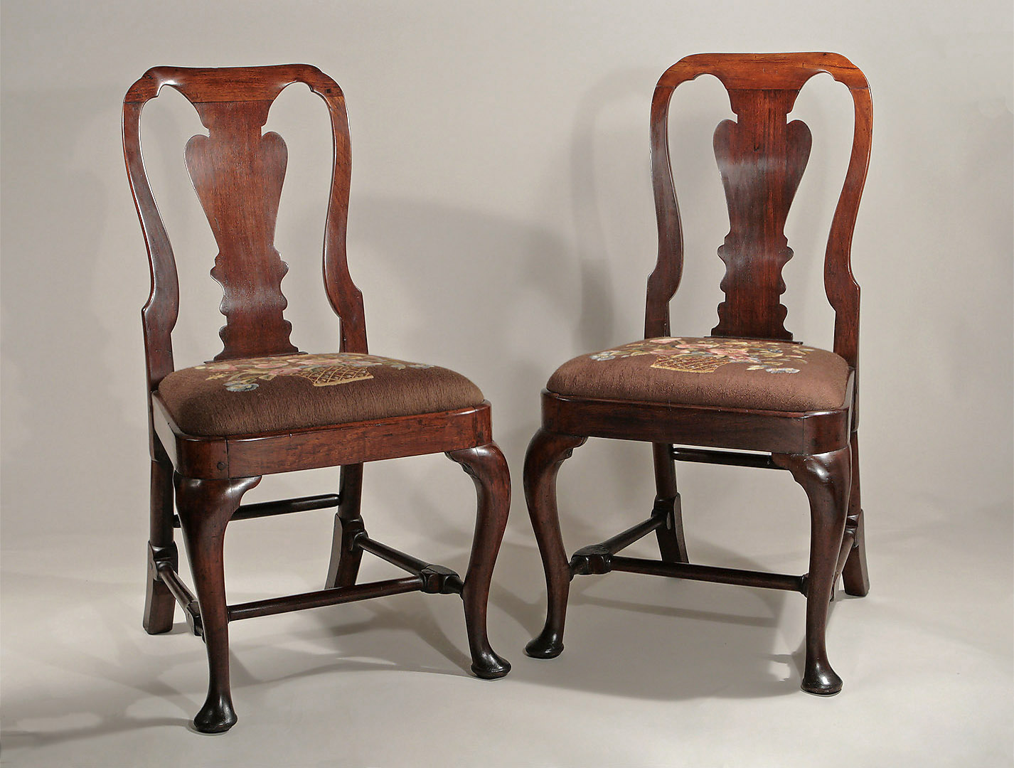 Fabulous Pair Of Queen Anne George I Red Walnut Sidechairs C1715 Gamerscity Chair Design For Home Gamerscityorg