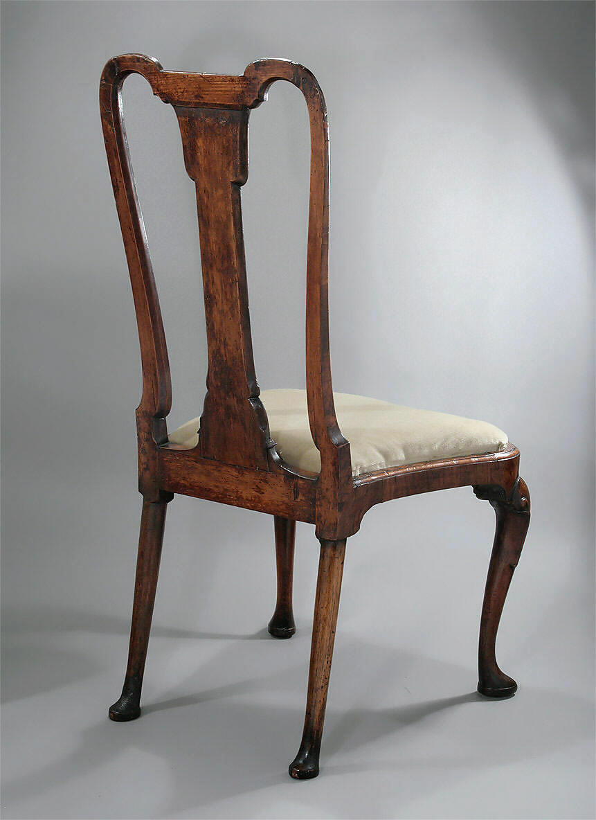 QUEEN ANNE / GEORGE I WALNUT VENEERED SIDE CHAIR, England, c1710-1715; M.  Ford Creech Antiques & Fine Arts, Memphis, TN - QUEEN ANNE / GEORGE I WALNUT VENEERED SIDE CHAIR, England, C1710