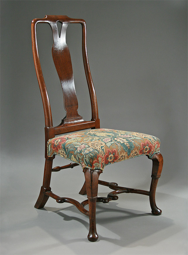 WILLIAM III / QUEEN ANNE WALNUT SIDE CHAIR with Iberian influences,  c1700-1710, M. Ford Creech Antiques - WILLIAM III / QUEEN ANNE WALNUT SIDE CHAIR With Iberian Influences